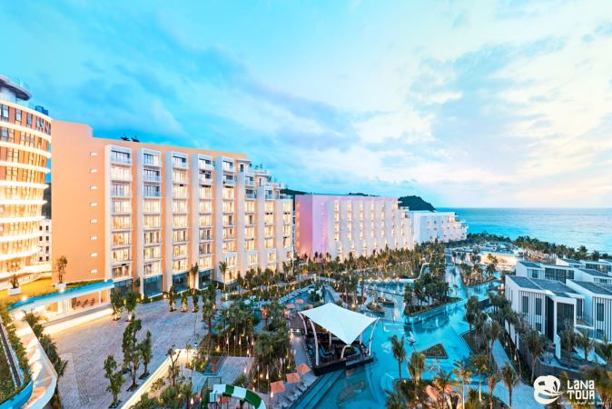 PREMIER RESIDENCES PHU QUOC EMERALD BAY 4*